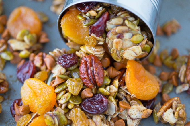 maple-pumpkin-trail-mix-recipe-5-1
