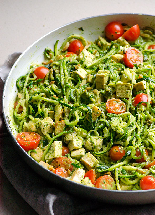 skillet2-pesto-chicken-zucchini-noodles